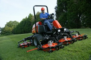 The new Jacobsen AR722T contour rotary mower.