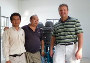 Vu Than Phong (left), FlowNet agent for Vietnam; Patrick Chua (centre), FlowNet service agent for Singapore; and Steve Pope, Flowtronex Asia Pacific Sales Manager.