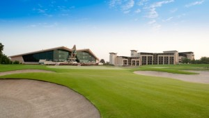 The 18th green at Abu Dhabi Golf Club.
