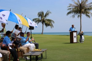 In the presence of Royalty, Ernie Els opens his new course in Langkawi.