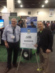 Richard Campey and Air Inject President Glen Black receive the STMA award for the Most Innovative Product.