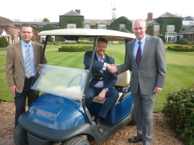 Philip Rosier [left], Director of Caddy Cars with Ian Knox, Director of Golf at The Belfry and Club Car's Kevin Hart.