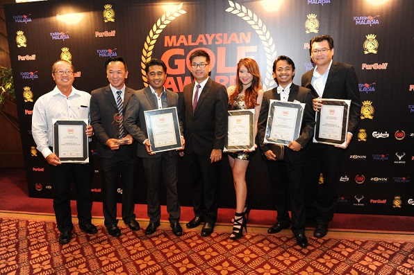 Senior management from Kota Permai and Horizon Hills celebrate their success in the Malaysian Golf Awards.