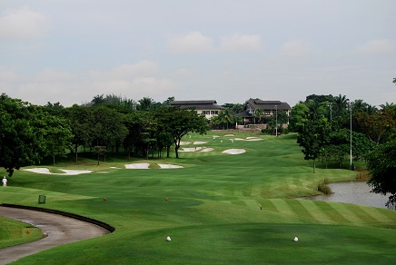 The 18th hole at Kota Permai.