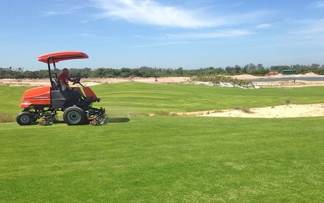 First cut of a fairway by Neil Cleverly in October 2014.