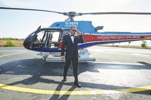 Dressed in his tuxedo, Sergio Garcia arrived at Ho Tram by helicopter.
