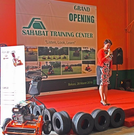 Jacobsen's Annie Boriraj congratulates the Sahabat PT staff at opening of the new training centre.