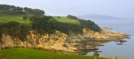 The 12th hole at the Golfplan-designed Weihai Point course.