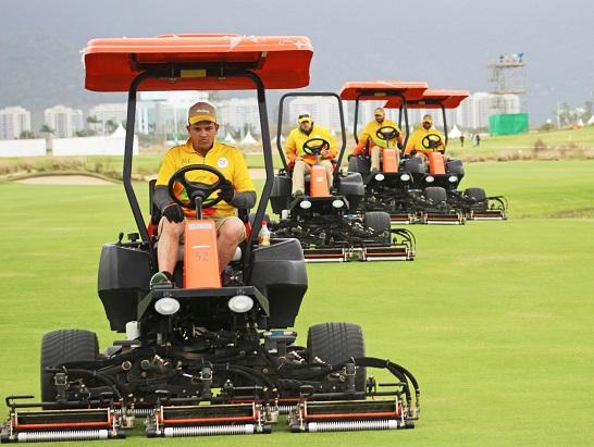 Jacobsen mowers preparing the Reserva Marapendi Golf Course in Rio de Janeiro.