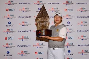 Poom Saksansin with the BNI Indonesian Masters trophy. Picture by Arep Kulal/IMG /Asian Tour