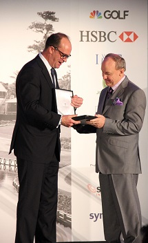 Glen Black (right) is congratulated by HSBC's Giles Morgan.